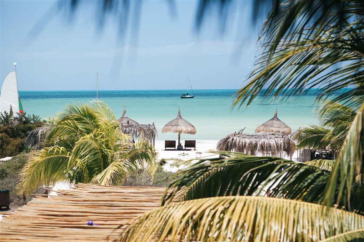 Casa Sandra beach