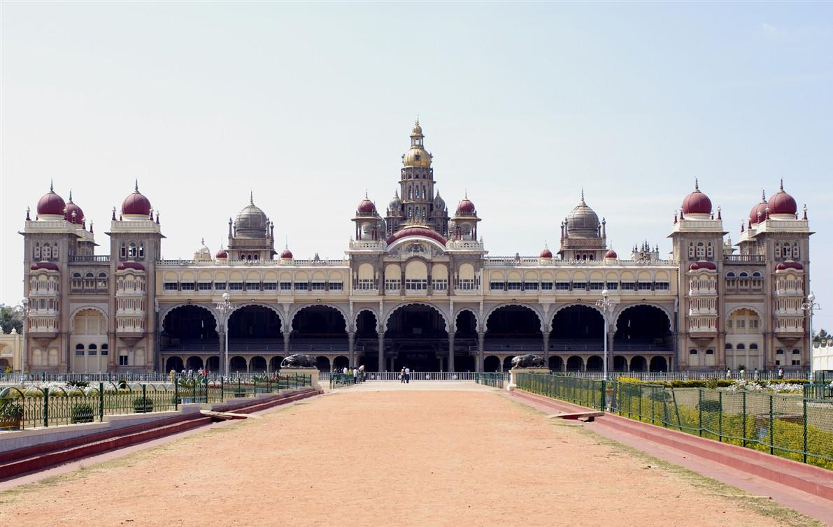 Top Ten Most Beautiful Palaces in India