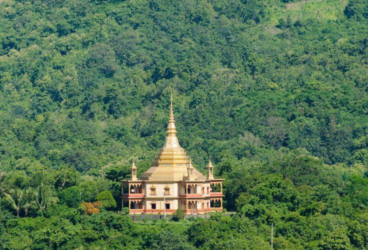 Phra That Chedi Khong Santi - Luang Prabang - Laos